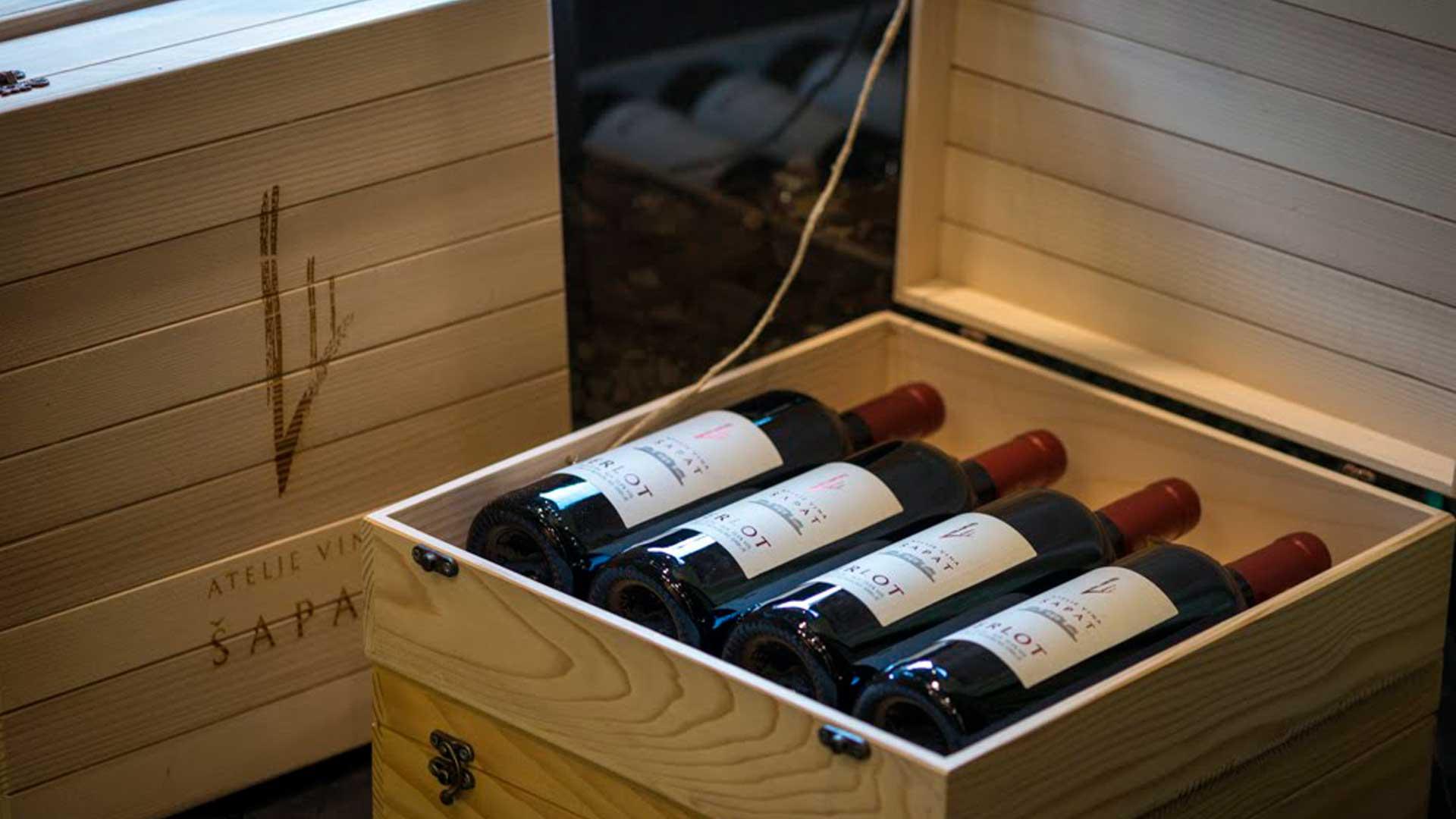 Šapat vina u kutiji